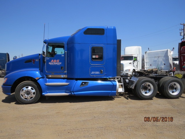 2016 Kenworth T660 Stock No. 1038