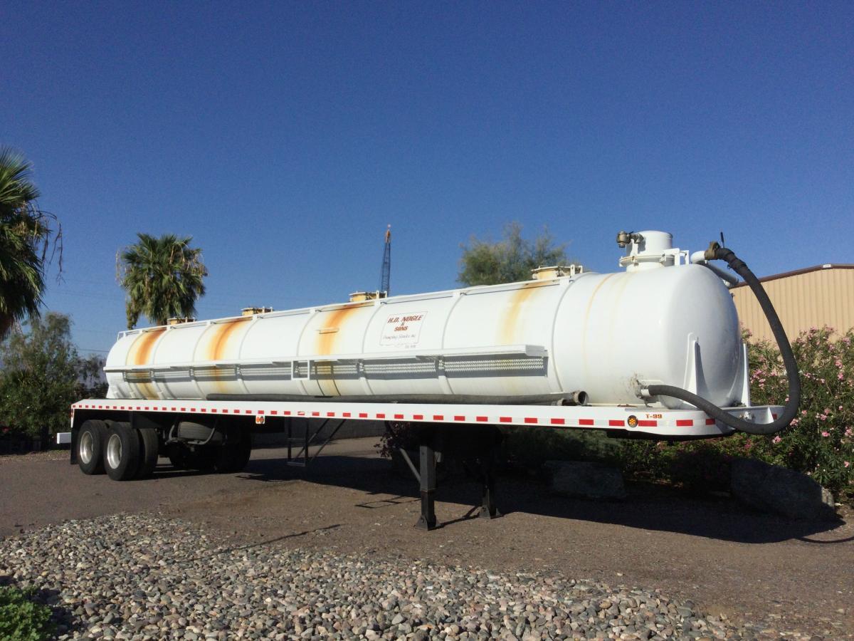 1999 Custom Vacuum Tanker