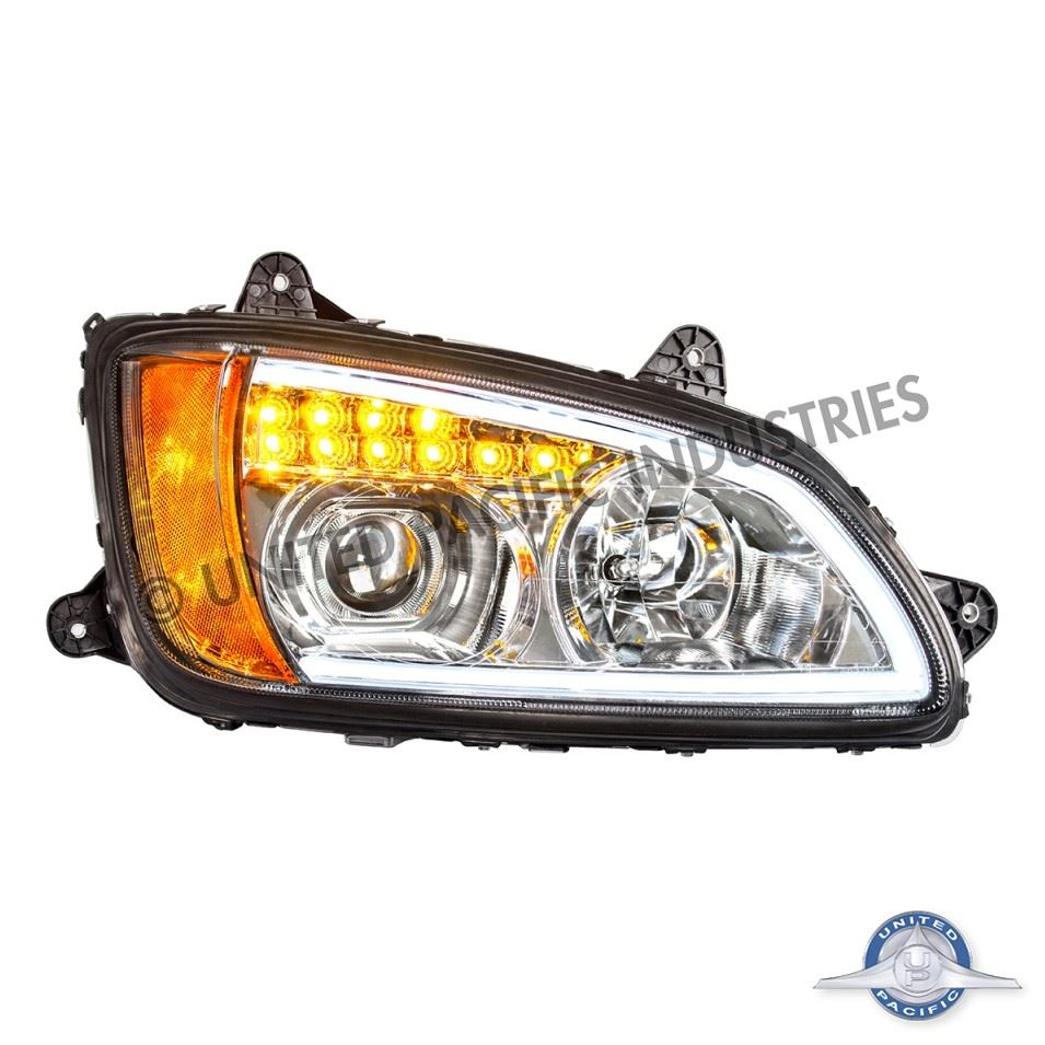 T660 Projection Headlight passenger side